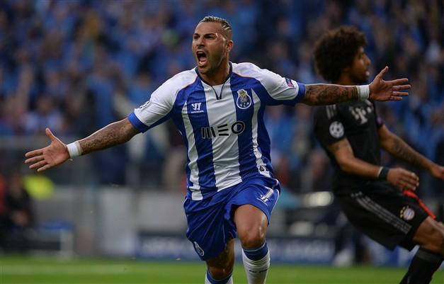95318766a8171 Ricardo Quaresma mais longe do FC Porto